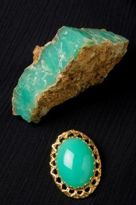 Chrysoprase rough and cut